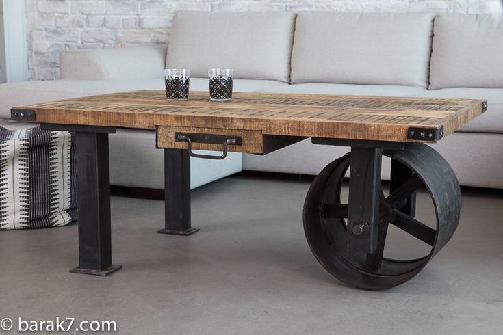 Table basse industrielle à roue noire - BARAK'7