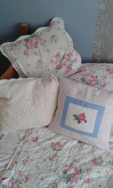 Pillow with rose