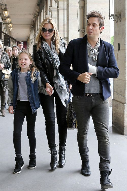 Kate Moss with Jamie Hince and Lila Grace