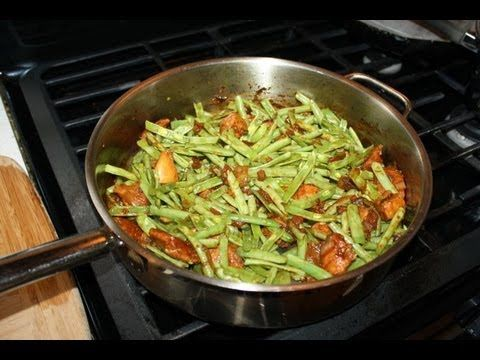 caribbean stewed chicken and green beans