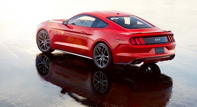6th generation Ford Mustang (red) I'm having that! #mustang