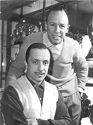 Juan (I) y Oscar (D) Galvez corrieron Ford en los ´50 y ´60