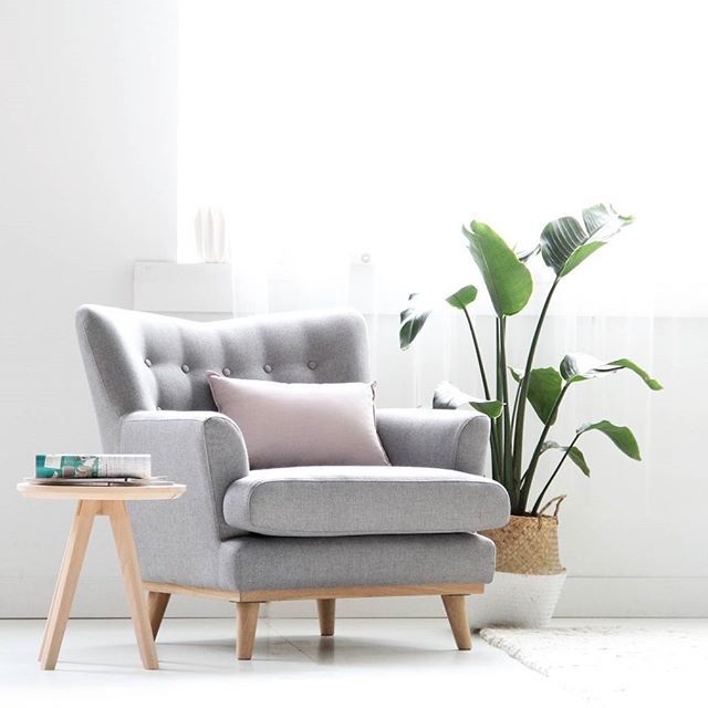 💘 Our beloved and popular GODWINSON ARMCHAIR is perfect as a standalone occasional chair or to complete the setting with the matching 3 seater sofa. High quality that will stand the test of time. All you need now is a good book 😊 ✖️ Colour: light grey fabric and light oak legs ✖️ FSC American grade A legs ✖️ Solid NZ pine and Plywood frame work ✖️ High density foam and high quality poly-linen blended fabric ✖️ Dimensions: L910 x W870 x H890 👆 SHOP LINK IN BIO