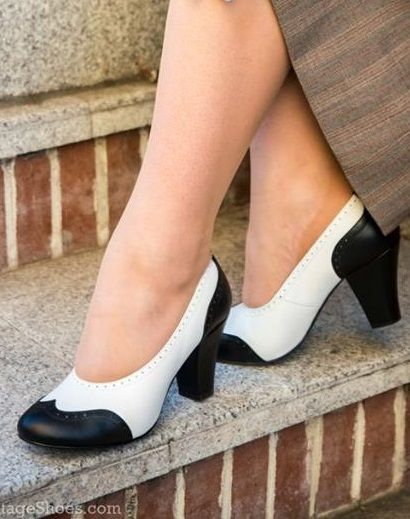 1940s Black and White heels pumps vintage inspired shoes replicas