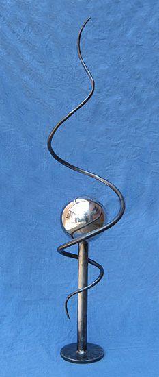 интерьер современная абстрактная скульптура из стали и нержавеющей стали, современное искусство Поль Маргеттс