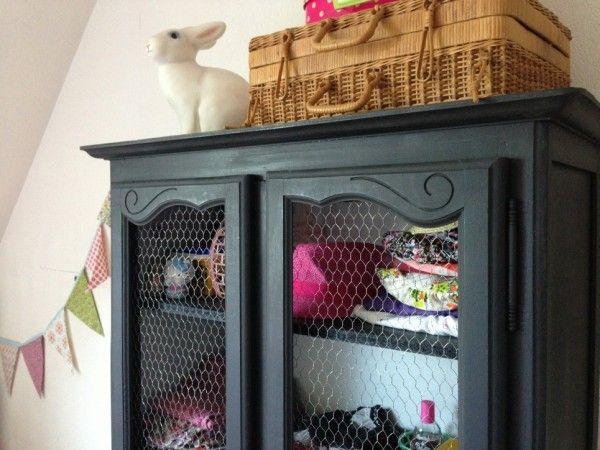 relooker une armoire ancienne meuble pinterest. Black Bedroom Furniture Sets. Home Design Ideas