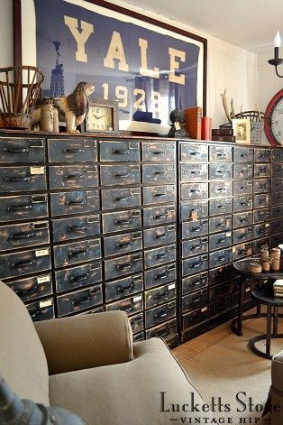 College design, distressed drawers   Old Lucketts Store - Design House