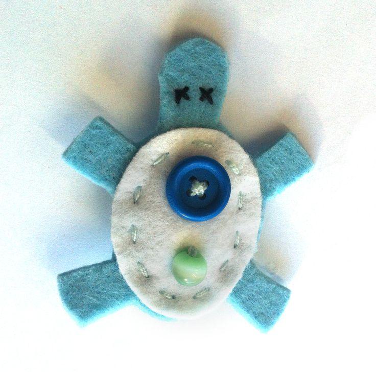 Tartaruga azzurra e bianca