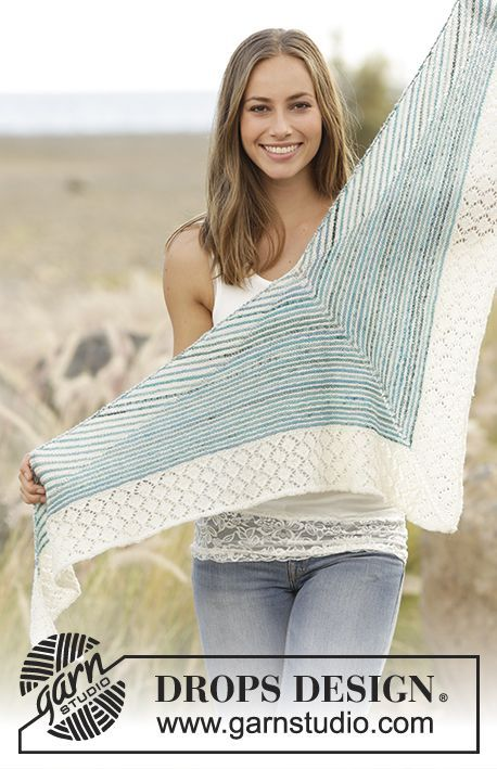 Sjal med riller, striper og hullmønster, strikket i DROPS Fabel Gratis oppskrifter fra DROPS Design.