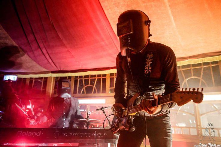 THE CYBORGS | Azkena Rock Festival 2017, Mendizabala, Vitoria-Gasteiz, 23/VI/2017 | cyborg-1 -teclado, bajo y batería- y cyborg-0 -voz y guitarra- de The Cyborgs | GALERÍA completa || Full GALLERY: http://denaflows.com/galerias-de-fotos-de-conciertos/c/the-cyborgs/