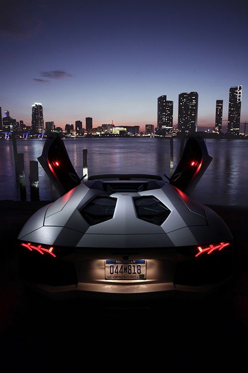 auerr:  Lamborghini Aventador