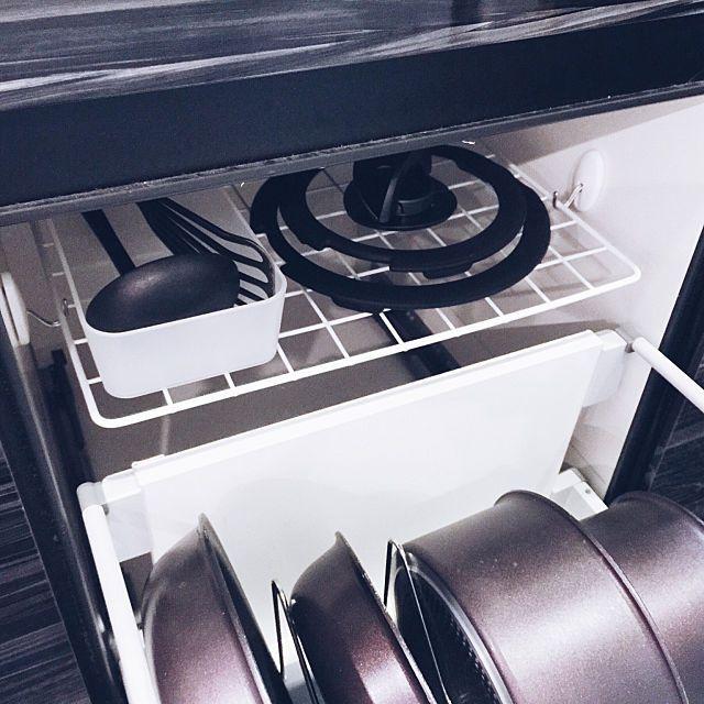 100均アイテムでつくる 理想のシンク下収納はコレでした インテリア 収納 シンク下 台所 収納 シンク下
