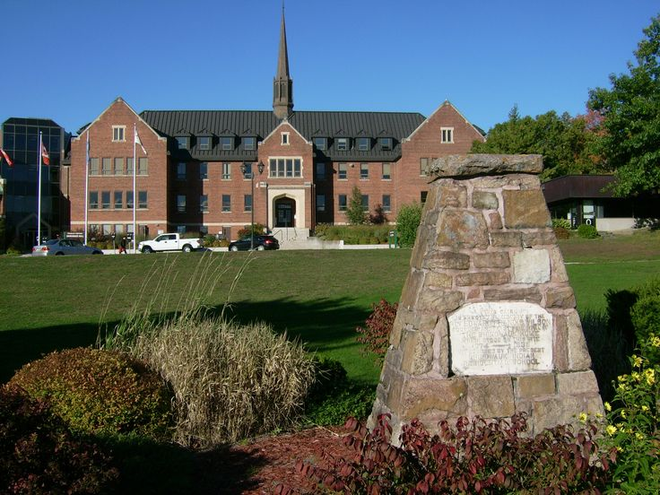 Algoma University  is a post-secondary institution in Sault Ste. Marie, Ontario, Canada. Established in 1965, Algoma University is the smallest undergraduate-only university in Ontario. Algoma U is a teaching-focused and student-centred post-secondary institution, specializing in liberal arts, sciences, and professional degree programs.#AlgomaUniversity #university #canada #ontario #art #degree #campuses #undergraduate #graduate#uniinformation #universityinformation #study #academic…