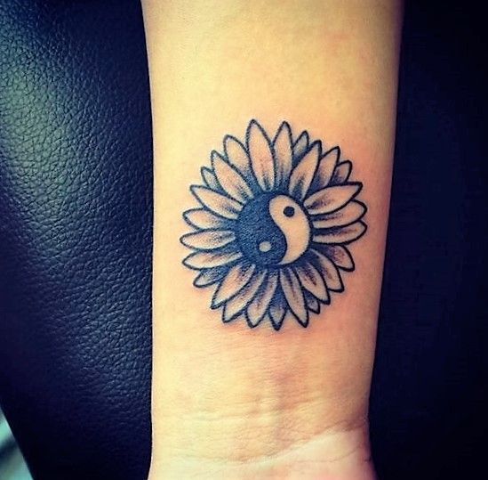 flower-yin-yang-tattoo