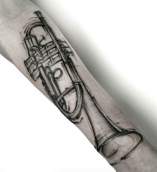 Sketch style trumpet by Dani Luu