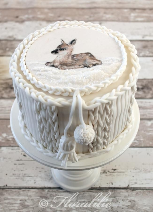 """Knitted"" Winter Cake with Painted Fawn"