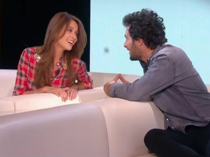 """Eurovision : Amir et Ophélie Meunier chantent en duo a capella dans """"Le Tube"""" (Vidéo)"""