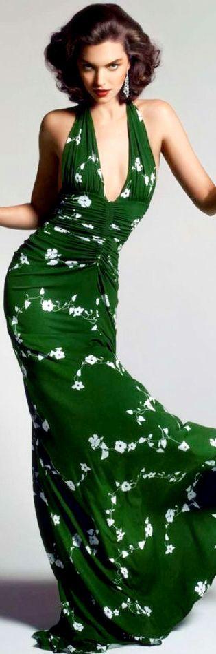 I love this amazing green halter maxi