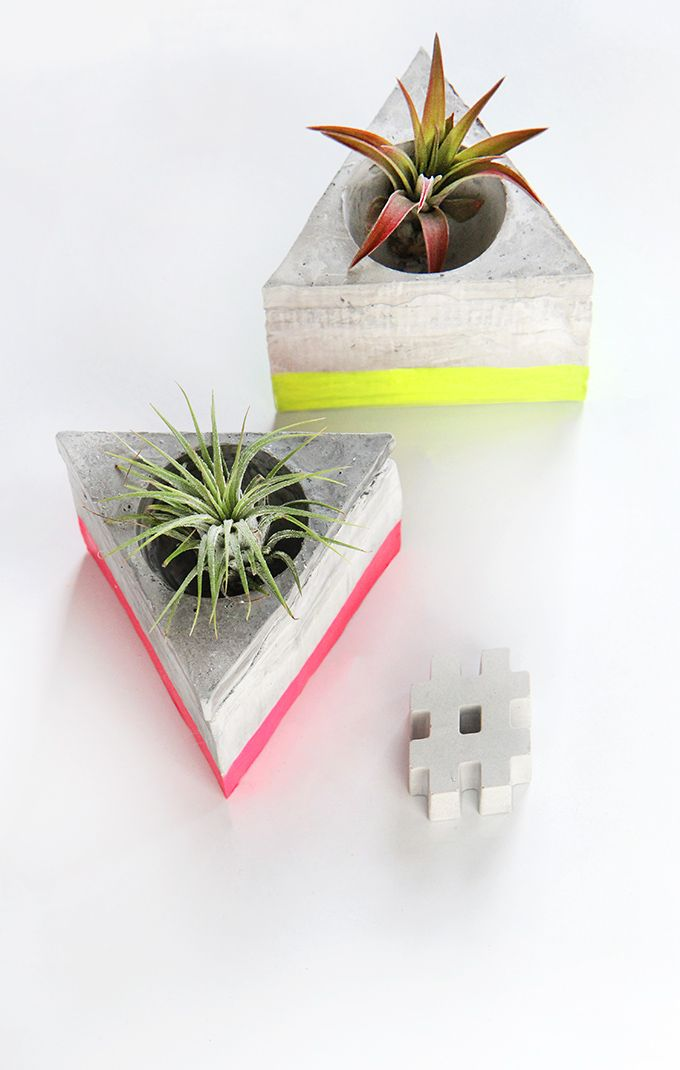MY DIY | Triangle Cement Airplant Holder