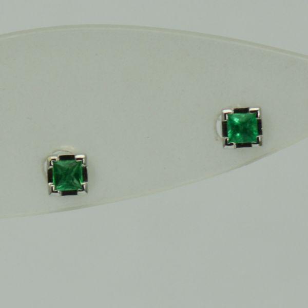 Cercei de aur alb cu smaralde