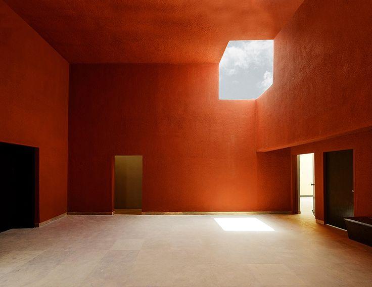 studio advaita architects designs brick cladding agricultural training center in india - Ideen Fr Kleine Hinterhfe Mit Hunden