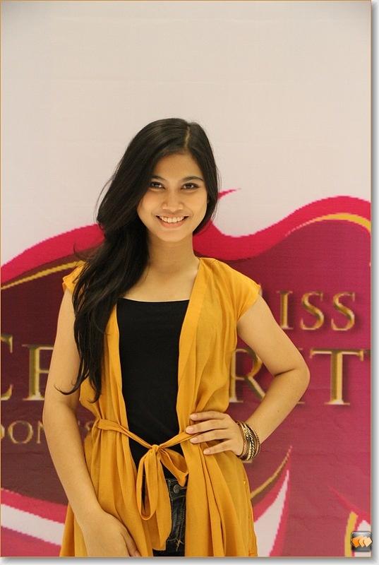 Putri Dahlia Affiani Nasution (10 besar finalis Micel 2012)