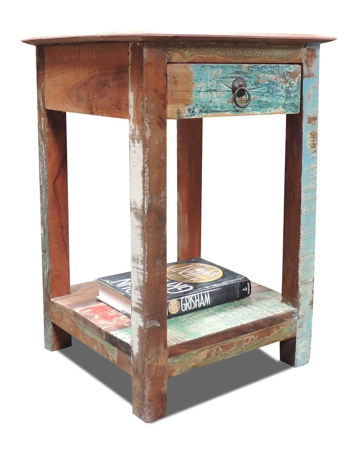 Sengebord i Genbrugstræ | Flotte sengeborde fra OBUZI
