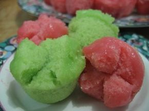kue mangkok - steamed coconut cupcakes