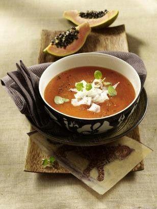 Kalte Papayasuppe mit Ziegenkäse -  4 papaya, 400 ml száraz fehérbor, só, bors, 8 szár menta, 80 g gouda sajt - kecskesajt ...