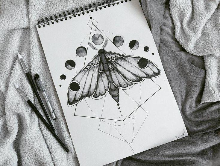 Tattoo Design Motte Tattoo Skizze Kunst Mond geometrisch