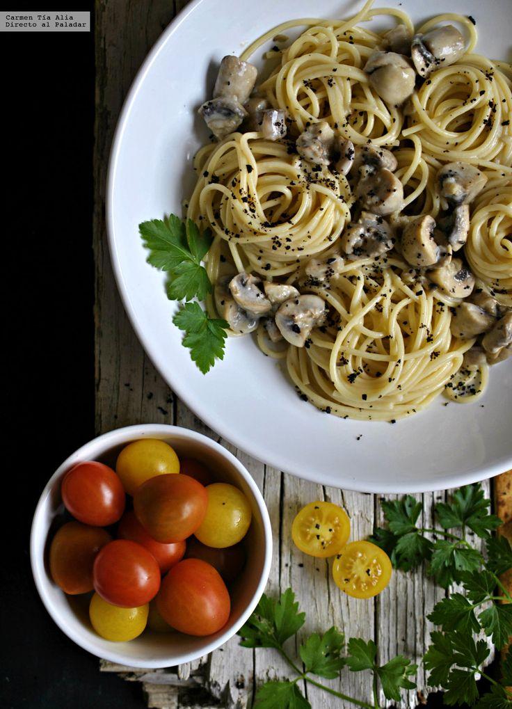 Te explicamos paso a paso, de manera sencilla, la elaboración de la receta de espagueti con salsa cremosa de champiñón y ajo. Ingredientes, tiempo de elabora...