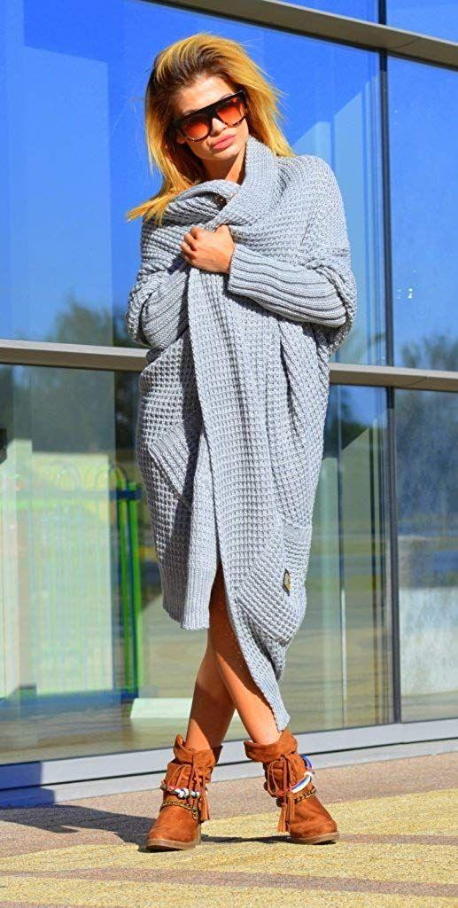 online store 148de 3d6a2 Tolle XXL lange Strickjacke für Damen in Grau. Die Jacke ist ...