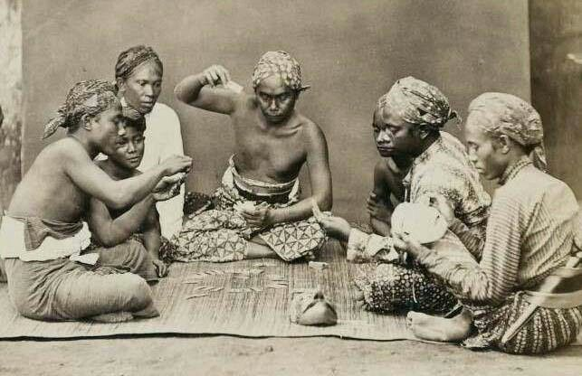 Gambling circa 1900, Java, Dutch East Indies