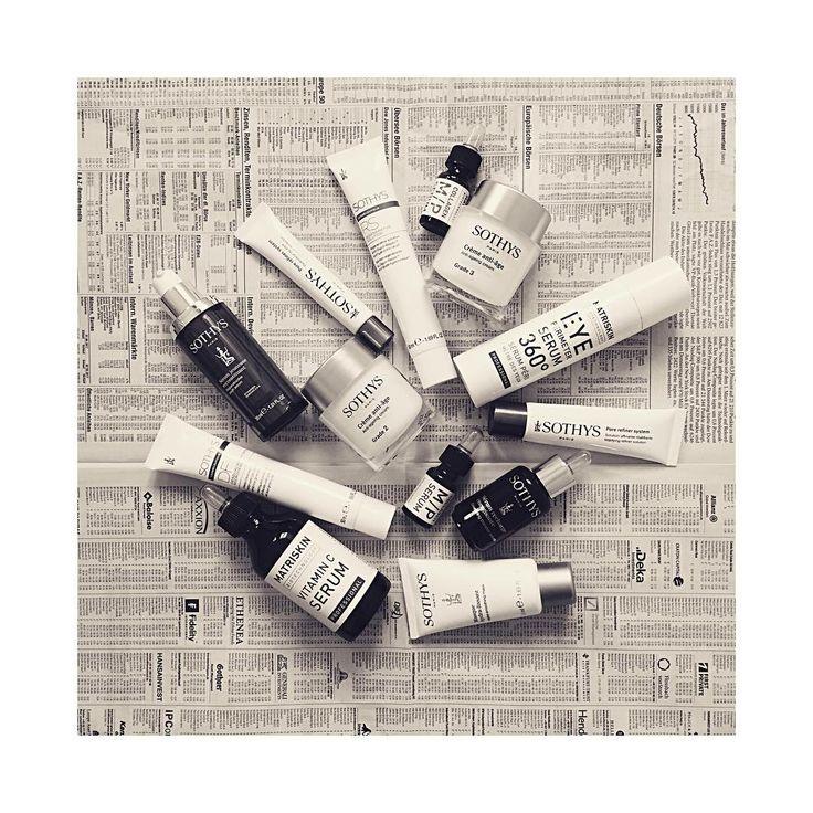 🌱  FIRST CLASS SKIN CARE  Ob gegen Falten, Straffungsverlust oder als Detox-Kur: Die Texturen sind so konzipiert, dass die Wirkstoffaufnahme in der Haut optimal unterstützt wird. Alle Produkte können für ganz individuelle Lösung auch miteinander kombiniert werden. Sprechen Sie uns an, wir beraten Sie gerne.  #BeautyAndStyleHamburg #Klosterstern #Eppendorf #Hamburg #040 #Sothys #Matriskin #AntiAging #PassBackBeauty #MolecularCosmetics