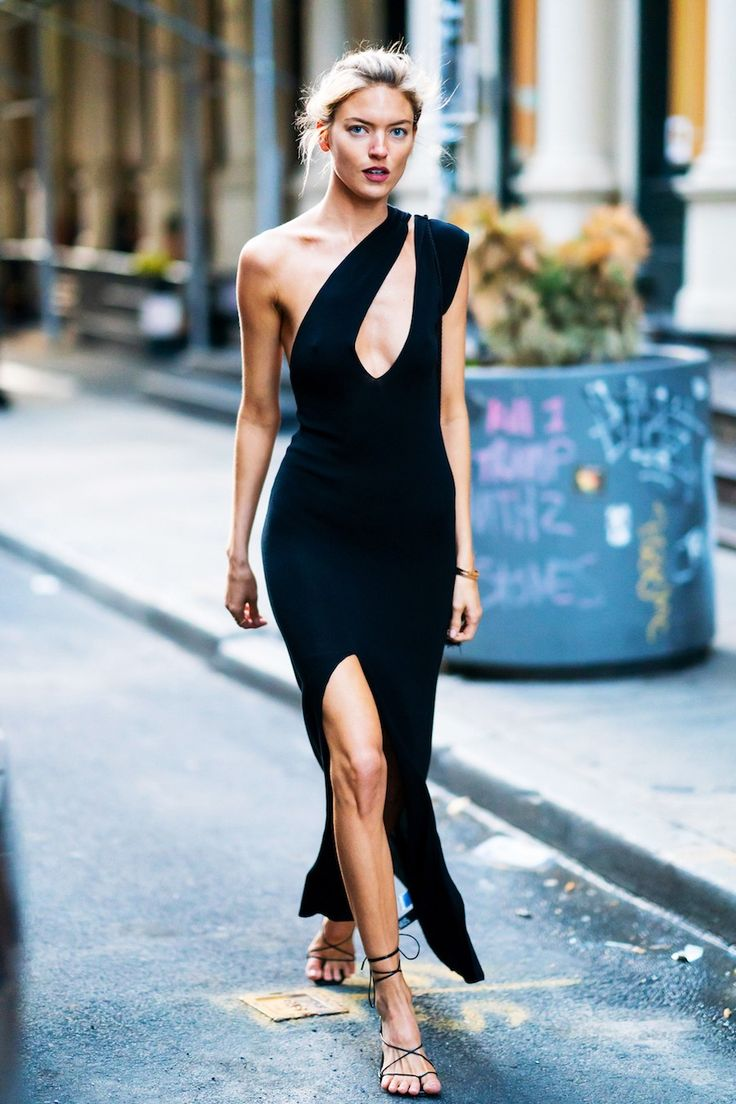 Get Mannequin Martha Hunt's Horny Black Gown and Sandals Outfit