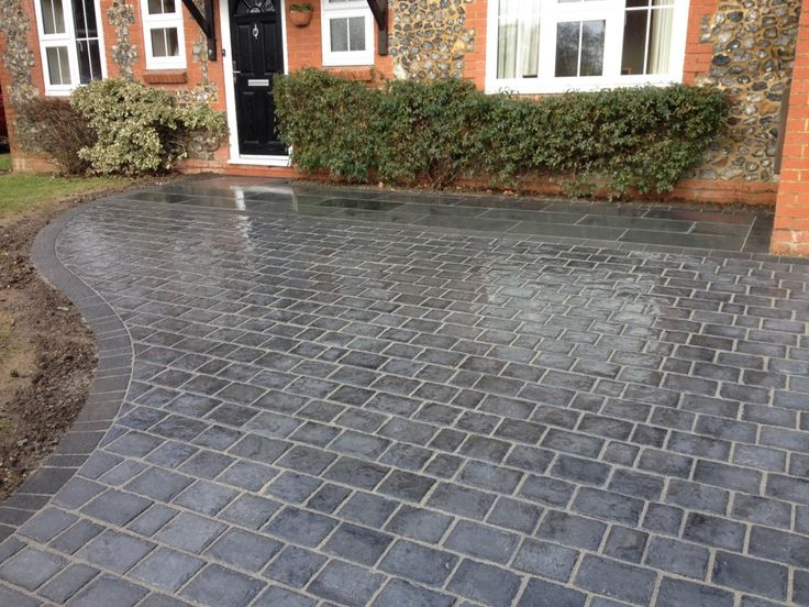 A landscape company from England describes on their blog what a driveway can add to your home. http://www.auralandscapes.co.uk/blog/what-can-a-driveway-add-to-your-home