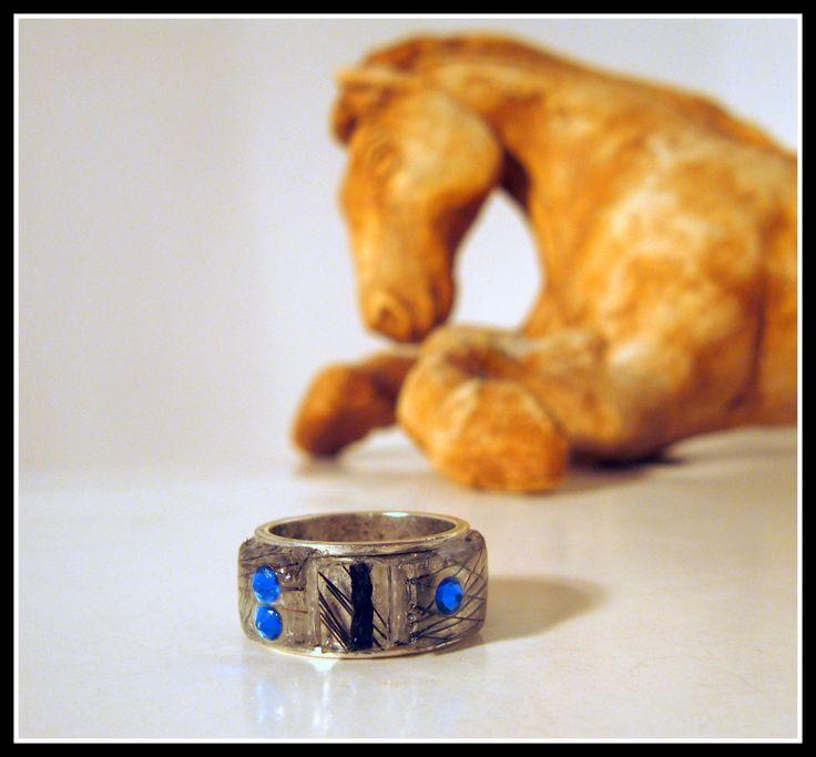 Horsehair ring, size 6 de la boutique MPierArtEquin sur Etsy