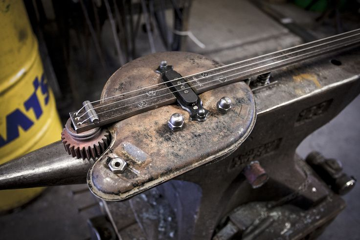 Tobbe Malm artist blacksmith from Norway. Art, handicrafts and traditional blacksmithing. Malm work modern and takes metal work with into new contexts. He also make instruments from old car scrap @portfoliobox