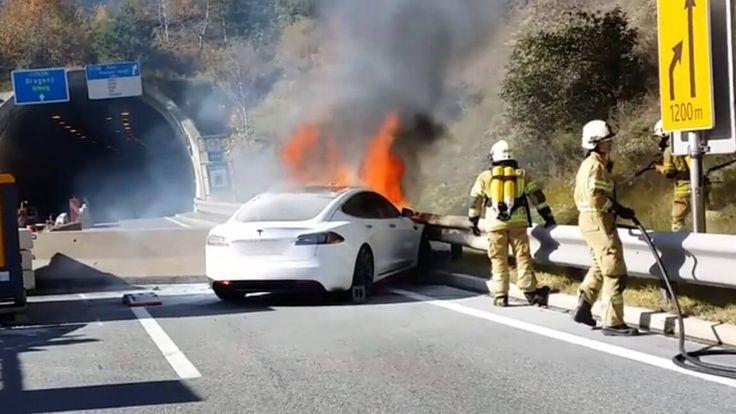 Unfall Elektroauto: Ein Punkt der immer wieder ans Tageslicht kommt ist die Sicherheit: Doch welche Risiken entstehen bei der Fortbewegung mit Elektroautos?