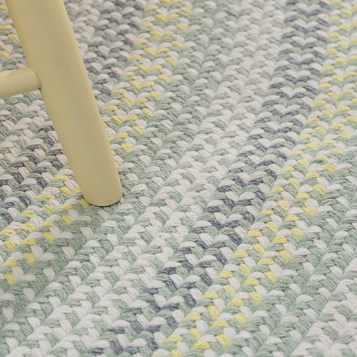 Cottage Braided Wool Rug Yellow Green