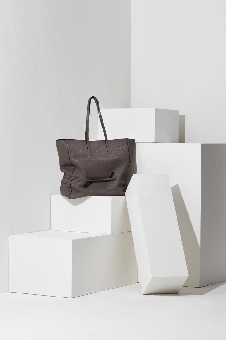 16FW LUCCICA_NO 54 grey and taupe #bag #shopperbag #leather #LLG #largeleathergoods #leatherbag #16FW