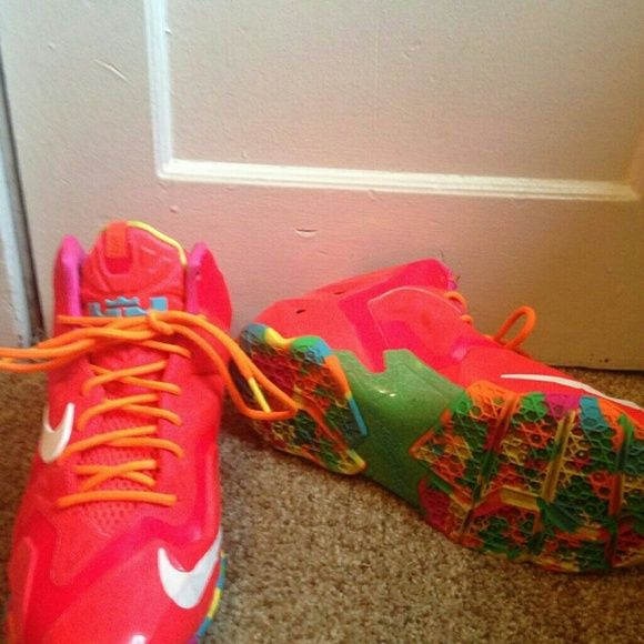 "Lebron ""fruity pebbles"" Size 6 in kids Same as a Women's 8 Nike Shoes Athletic Shoes"