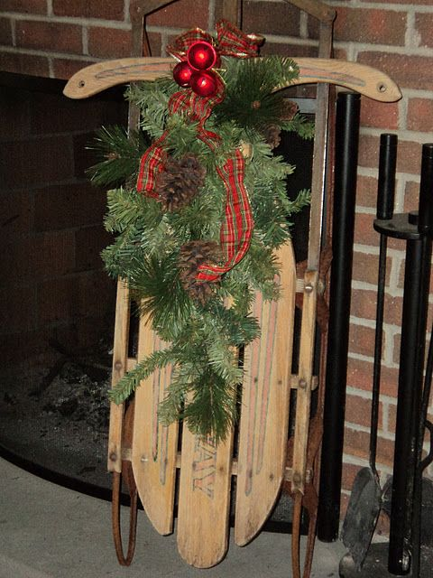 Christmas Sled Idea for that old sled....keeping the memories alive!