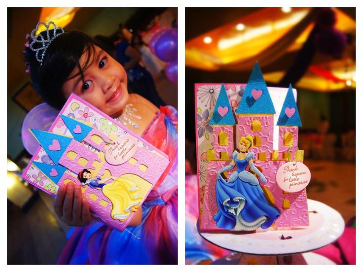 Beautiful Keisha + QooLay Invites