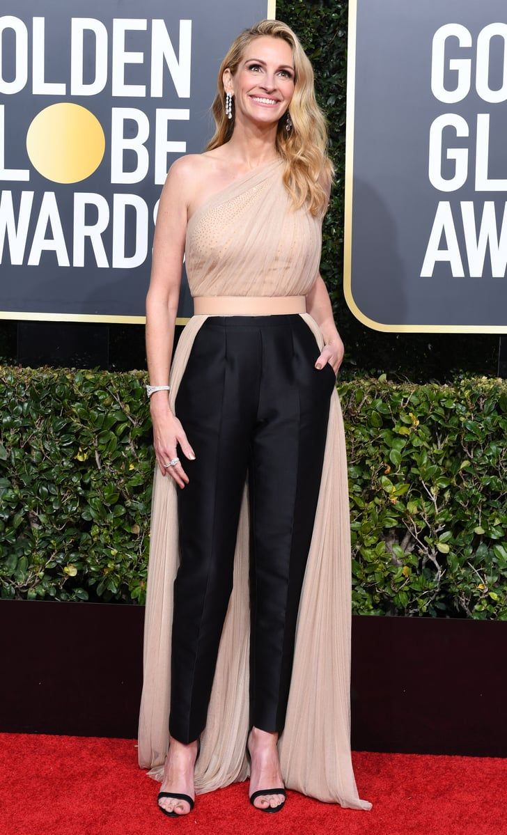 Is It Too Late To Put Julia Roberts S Golden Globes Pantsuit On My 2019 Vision Board Red Carpet Dresses 2019 Red Carpet Fashion Nice Dresses [ 1199 x 728 Pixel ]