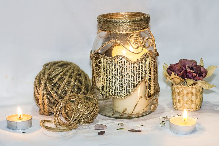 ~ click pe site pentru a cumpăra ~ ❁ ~ Rustic style decorated mason jar. Few used materials (twine, rope, old paper books, glue), yet the results are gorgeous. For the love of nature! ^^