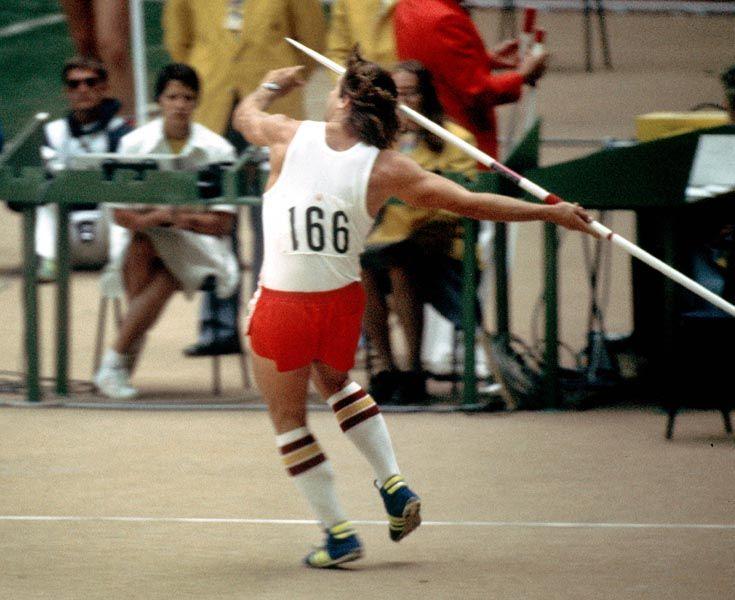 Philip Olsen du Canada participe au lancer du javelot aux Jeux olympiques de Montréal de 1976. (Photo PC/AOC)