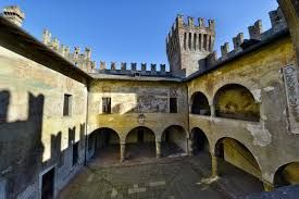 Risultati immagini per castello di malpaga affreschi