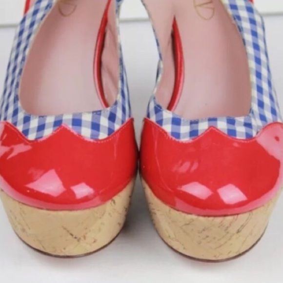 ❗️SALE❗️RED VALENTINO Quark Wedge Sz 6.5 Dorothy Adorable shoes for upcoming season spring and summer favorites!💐 like NEW 🎀 RED Valentino Shoes Wedges