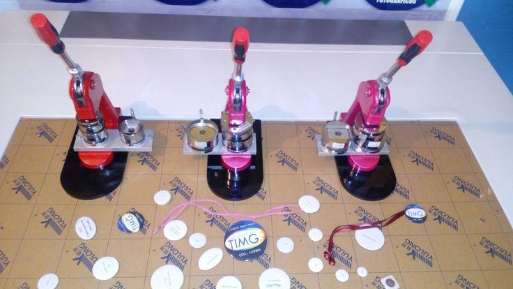 Maquinas de Chapas con moldes especiales en oferta 129.990 con iva cu - Tienda Patronato -